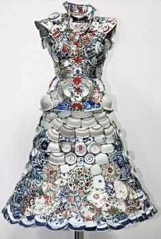 Chinese artist Li Xiaofeng uses broken porcelain shards from archeological sites to create unique wearable costumes. He cleans the porcel...