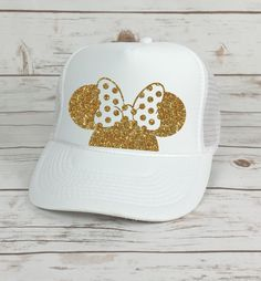 Disney Trucker Hat Minnie Mouse Polka Dot Bow // Cinderella Castle // Princess // Minnie Mouse // Mickey Mouse (TRUCKER HAT) by BellaDesignsStl on Etsy https://www.etsy.com/listing/471710063/disney-trucker-hat-minnie-mouse-polka