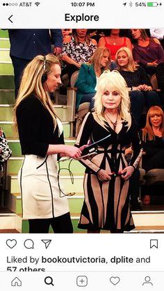 Dolly behind the scenes of Dr Oz! #dollyparton
