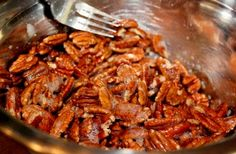 Easy Cinnamon Sugar Pecans ~ perfect for the Holidays ~ perfect as a homemade gift ~ perfectly delicious! Pecan Recipes, Candy Recipes, My Recipes, Holiday Recipes, Snack Recipes, Cooking Recipes, Favorite Recipes, Christmas Recipes, Food N