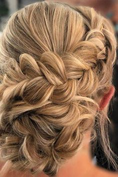 Wedding Hairstyles for Long Hair Updo. 23 Beautiful Wedding Hairstyles for Long Hair Updo. Hair Updo Tutorials the Avenue Boho Updo Hairstyles, My Hairstyle, Wedding Hairstyles For Long Hair, Elegant Hairstyles, Bridesmaid Hairstyles, Hairstyles Videos, Bridal Hairstyle, Bridal Updo, Short Hairstyles