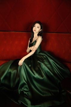 Jing Tian, 34c, Style Icons, Character Art, Ball Gowns, Actresses, Formal Dresses, Model, Beauty