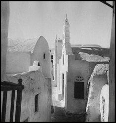 Mykonos, Voula Th. Old Time Photos, Old Pictures, Benaki Museum, Museum Shop, Educational Programs, Mykonos, Virtual Tour, Tours, Black And White