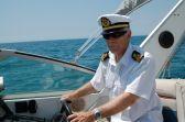Conjunto de verano para capitán de yate. Gorra de plato y camisa con galones de capitán. JoanMacia 4