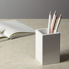 Lacquer Pot | The White Company. Shopping from the US? -> http://us.thewhitecompany.com/TRASH/New-Arrivals-Home-Accessories/Lacquer-Pot/p/DTHPO?swatch=White&vCode=DTHPONWH