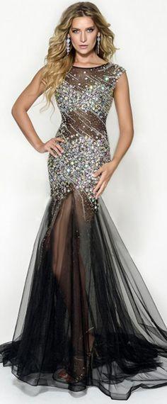 Exquisite Tulle Scoop Neckline Mermaid See-through Evening Dresses With Beadings & Rhinestones
