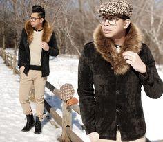 FUR WEATHER // IG: @iamALLENation #mensfashion #mensstyle #trend #styleblogger #fashionblogger #fur #jacket #winter