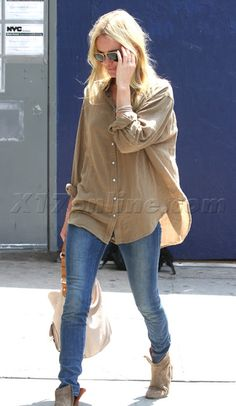 Kate Bosworth - long shirt with jeans