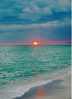 simply-beautiful-world:  ❥‿↗⁀simply-beautiful-world