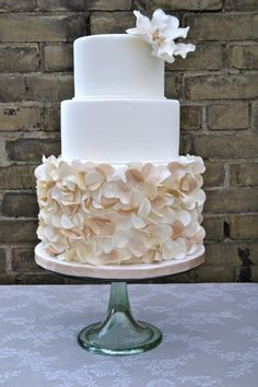 Seattle Wedding Cake and Dessert Bars - The Sweet Side gallery