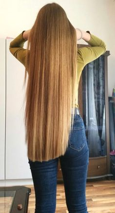 Long Straight blonde. Very nice.