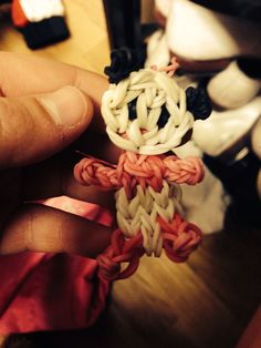 Cool idea for rainbow loom bracelets. Making little animal keychains.