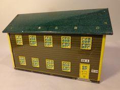 MARX TIN LITHO PLAYSET BUILDING ARMY BARRACKS CO A T7-34 #X3943