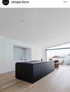 Edmonds Lee Architects Designed a Modern Home in San Francisco California USA Kitchen Interior Design architects California Designed Edmonds Francisco Home Lee modern San USA Modern Kitchen Design, Modern House Design, Modern Interior Design, Interior Design Inspiration, Home Design, Asian Interior, Minimal Kitchen, Modern Houses, Modern Buildings