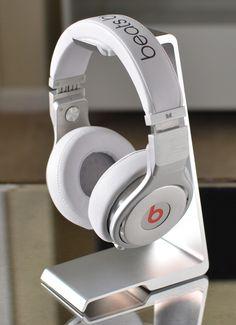 Edge Headphone Stand
