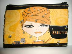 Make up Bag  BeeYoutiful by michelewithasingleL on Etsy, $14.00