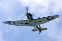 Supermarine Spitfire LF.Vb G-MKVB Wojtek Zarenba