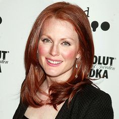 Julianne Moore's Changing Looks - 2004 from InStyle.com