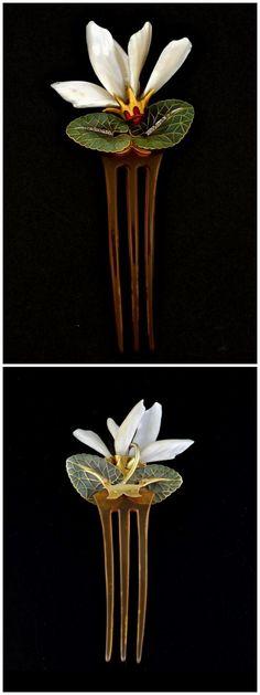 Art Nouveau Cyclamen, Gold, Pique-a-jour Enamel, Mother of Pearl, Horn & Diamond Hair Pin by Louis Aucoc 1900: