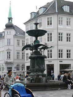 Hoejbroplads Brunnen. Copenhagen. DENMARK.