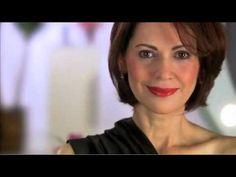 Dicas de maquiagem para mulheres acima de 40 anos, apresentadas pela maquiadora…