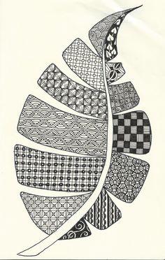 Pigma Micron Pen on Moleskine Cahier notebook Doodle Art Drawing, Zentangle Drawings, Mandala Drawing, Art Drawings Sketches, Zentangles, Doodle Art Designs, Doodle Patterns, Zentangle Patterns, Dibujos Zentangle Art