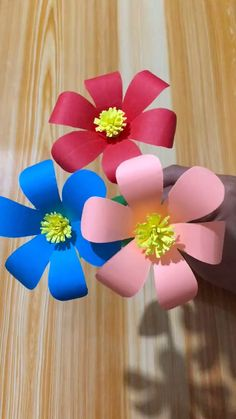 New For Diy Paper Flowers Craft If you are looking for Diy paper flowers craft you've come to the right place. We have collect images about Diy paper flowers craft including images, . How To Make Easy Modular Paper Flower Paper Flowers Craft Paper Paper Flowers Craft, Paper Crafts Origami, Easy Paper Crafts, Diy Arts And Crafts, Creative Crafts, Diy Flowers, Diy Paper, Diy Crafts, Flower Paper