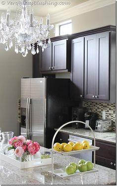 Benjamin Moore Revere Pewter in the kitchen with dark espresso cabinets. Kylie M Int … – Gray Espresso Kitchen Cabinets Revere Pewter, Kitchen Colors, Perfect Grey Paint, Kitchen Colour Schemes, Home Decor, New Kitchen, Home Kitchens, Espresso Kitchen Cabinets, Kitchen Paint