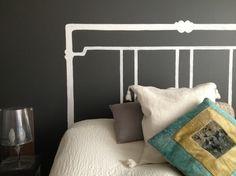 Marianna: Maalattu sängynpääty