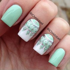 Looking for new nail art ideas for your short nails recently? These are awesome designs you can realistically accomplish–or at least ideas you can modify for your own nails! Great Nails, Cute Nail Art, Fabulous Nails, Beautiful Nail Art, Gorgeous Nails, Love Nails, Winter Nail Art, Winter Nails, Fancy Nails