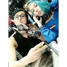 Kannattaa tulla tsekkaamaan myös asuste-uutuudet, niitä on ihan älyttömästi! #chocker #bracelet #studs #spikes #leather #metal #gothic #headband #bling #spider #chain #alternative #alternativefashion #bluehair #tealhair #dyedhair #tattoo #tattooedgirls #ink #inkedgirls #piercedgirls #cybershop #cybershopkamppi #kamppi @lempikerttu @jonshuu Spikes, Studs, Bling, Crown, Instagram Posts, Jewelry, Fashion, Cnd Nails, Moda