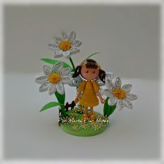 Yellow Fairy By Pily Nuñez http://creaquilling.blogspot.com/2015/02/3d-quilled-fairies.html
