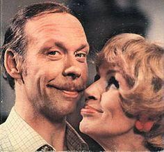 Los Roper 1979-1981 ..non mi ricordo..posso sbagliare..erano George e Mildred in italiano??