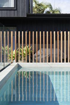 Small Backyard Pools, Modern Backyard, Swimming Pools Backyard, Fence Landscaping, Pool Fence, Pool Paving, Pool Finishes, Small Pool Design, Outdoor Living