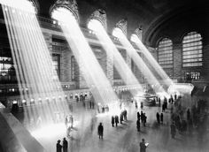 Grand Central station circa 1935.  So awesome...sunlight streaming through the arched windows! http://cococozy.com