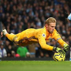 Likes, 167 Comments - Thegoalkeepers Belgium National Football Team, National Football Teams, Football Awards, Football Players, London Football, Goalkeeper Shirts, Manchester United Players, Premier League Champions, Tottenham Hotspur