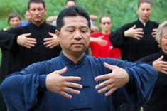 În cadrul cursurilor mele se petrec diferite fenomene. Doresc să învăţ oamenii… Kai, Health Advice, Yoga, Healthy, Knowledge, Health, Chicken