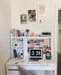 Study Room Decor, Room Ideas Bedroom, Cute Room Decor, Desk In Bedroom, Dorm Room Desk, Dorm Desk Decor, College Dorm Desk, Room Desks, Desk Decorations