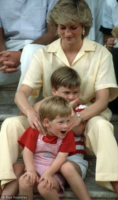 Pictures Of Princess Diana As A Wife & Mother. It was clear for all to see that her boys were her life. Mom giving Harry a massage - Sky Living HD