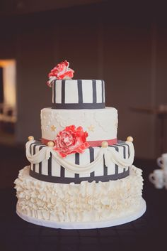 a perfect circus wedding cake, photo by Maria Mack Photography http://ruffledblog.com/pennsylvania-circus-inspired-wedding #weddingcake #cakes