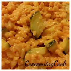 Original recipe of saffron zucchini risotto => HERE - My CMS Tupperware Recipes, Happy Vegan, Actifry, Looks Yummy, Original Recipe, Macaroni And Cheese, Zucchini, Food And Drink, Menu
