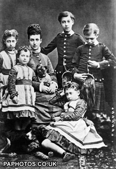Alix and her beloved children Eddy, George, Louise, Maud and Toria.