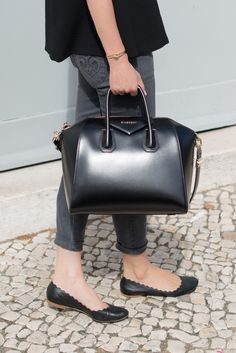 Black 'Antigona' Bag by Givenchy + Black Chloe 'Lauren' Scalloped Flats + Grey 'Hannah' Siwy Denim