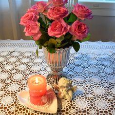 Ruusuista romantiikkaa, pitsiliina kirppislöytö
