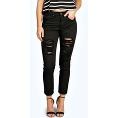 Boohoo Blue Sara Ripped Boyfriend Black Jeans (£22) ❤ liked on Polyvore featuring jeans, black, distressed skinny jeans, high waisted jeans, baggy boyfriend jeans, high-waisted boyfriend jeans and high rise boyfriend jeans