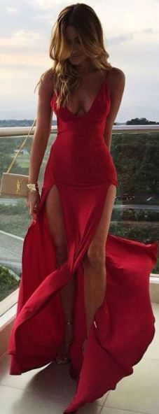 M-slit are sexy dresses that look really elegant for any occasion!