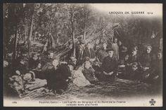 Croquis de guerre. Pauvres gens I. Les fugitifs de Belgique et du Nord de la France campés dans une forêt. Carte photographique. Coll. BDIC