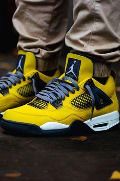 premium selection 81be2 1bb64 Jordan 4s Lightning Nike Air Jordans, Skor Sneakers, Nike Air Max, Jordan 4