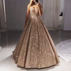 Luxus Pailletten Prom Kleider Ballkleider Luxus Pailletten Abendkleider Ballkleider & The post Luxus Pailletten Prom Kleider Ballkleider & Abschlussball Kleider appeared first on Gold wedding gowns . Gold Evening Dresses, Sequin Prom Dresses, Evening Gowns, Sequin Dress, Wedding Dresses, Homecoming Dresses, Bridesmaid Dresses, Wedding Dress Sparkle, Vintage Prom Dresses