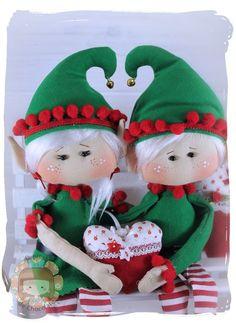 Navidad – Página 2 – Pepitas de Chocolate Felt Christmas Ornaments, Fabric Dolls, Elf On The Shelf, Holiday Decor, Chocolate, Handmade, Crafts, Things To Sell, Handicraft Ideas